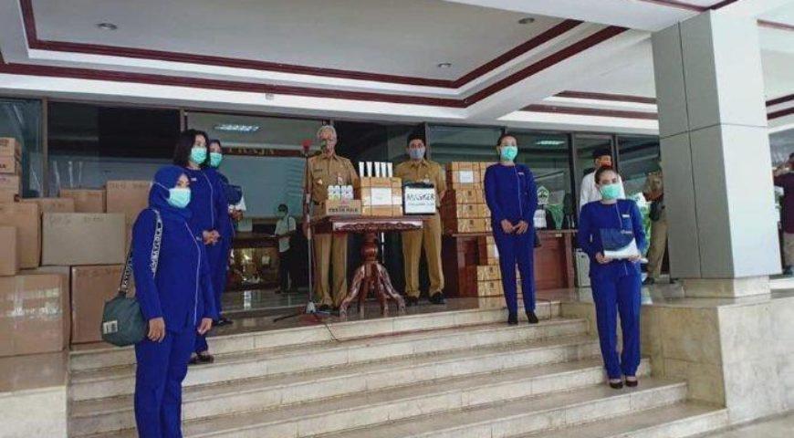 Inez Cosmetics Beri 2000 Hand Sanitizer ke Pemprov Jateng, Ganjar: Tak Hanya Muka Jari juga Cantik